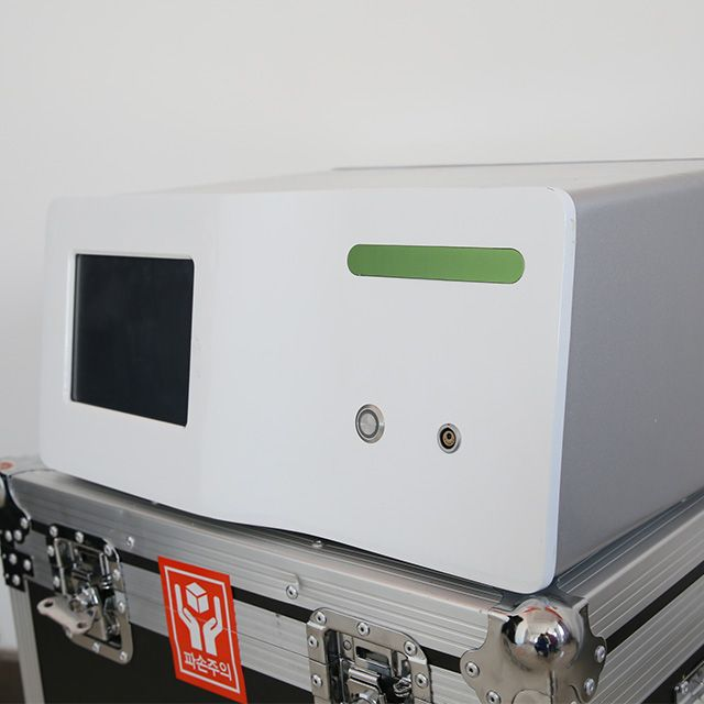 Extracorporeal Shock Wave Therapy Machine for Pain Relief
